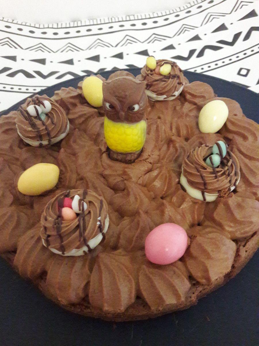 Gâteau mousse au chocolat.