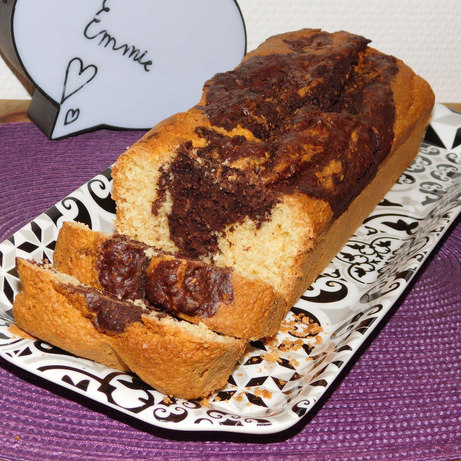Cake marbré à la noix de coco.