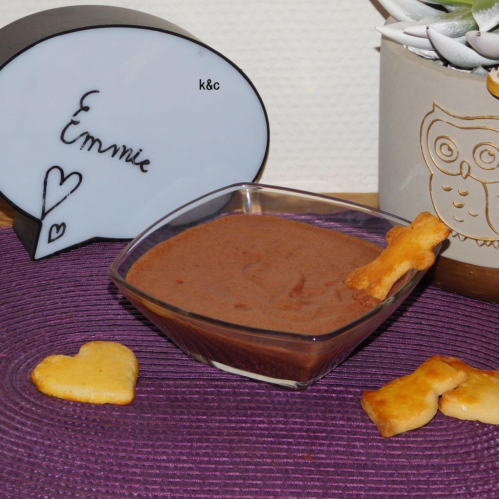Mousse au chocolat à l'aquafaba.