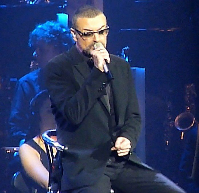 GEORGE MICHAEL - LET HER DOWN EASY - PREMIER SINGLE DE L'ALBUM SYMPHONICA !!