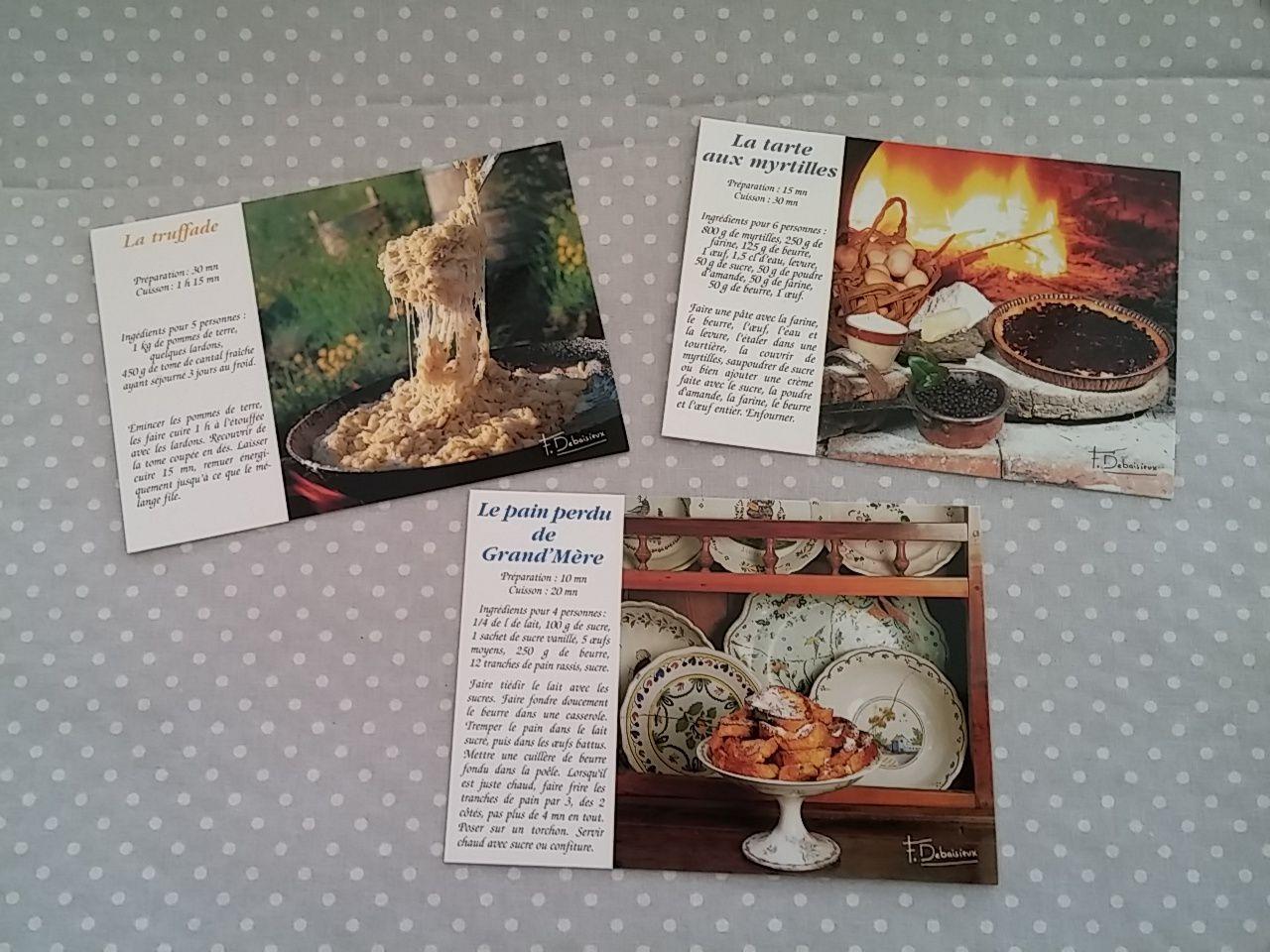 Cartes postales de Myriam, Danielle et Brigitte....