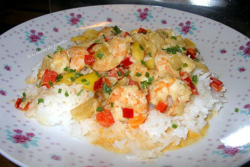 curry de crevettes au lait de coco aux fruits exotiques