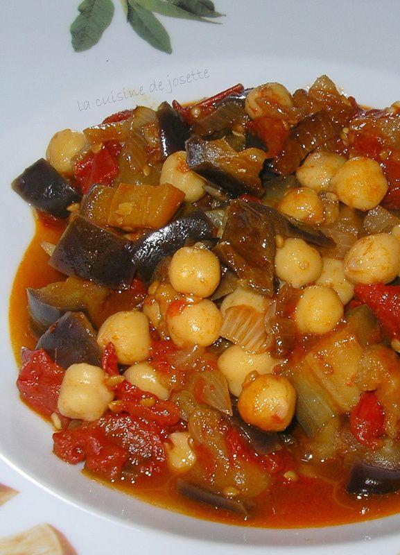 curry d'aubergines/ tomates et pois chiche