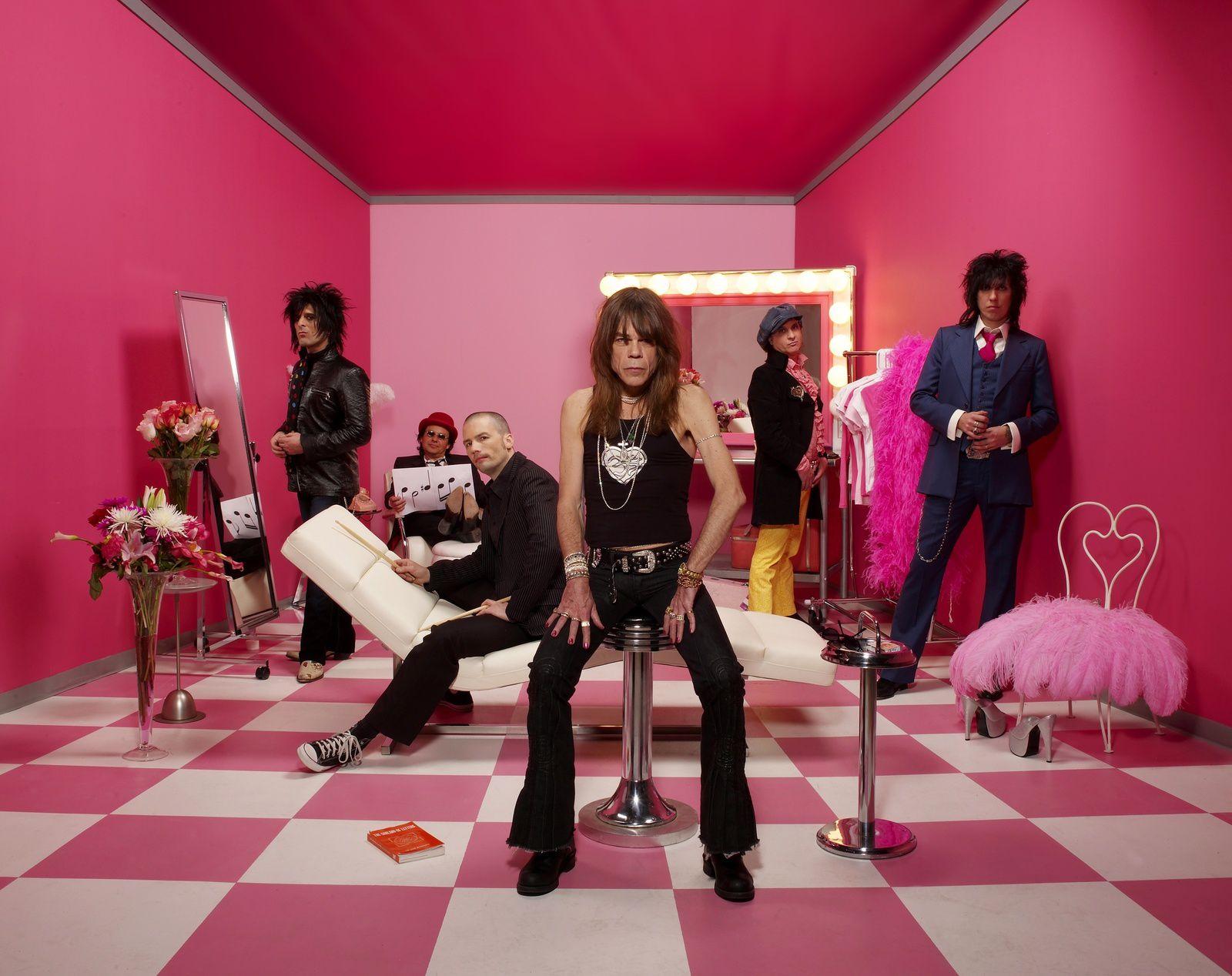 Steve Conte and the New York Dolls - source: pressdispensary.co.uks