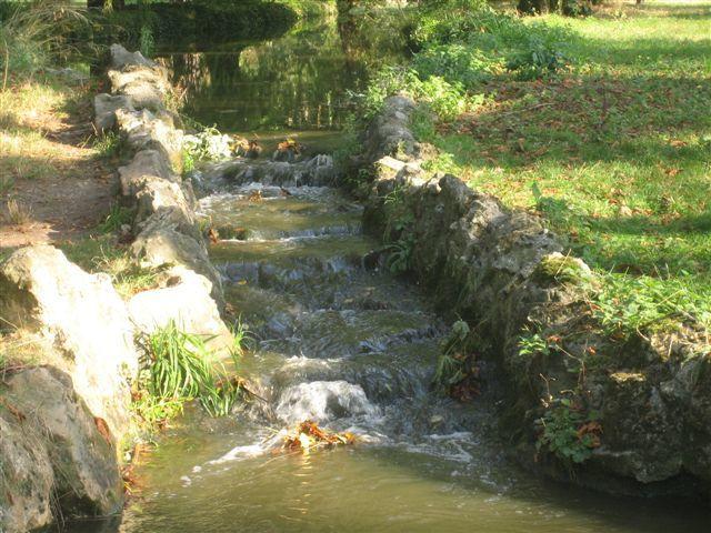 Les petites cascades au départ du ruisseau de Gravelle