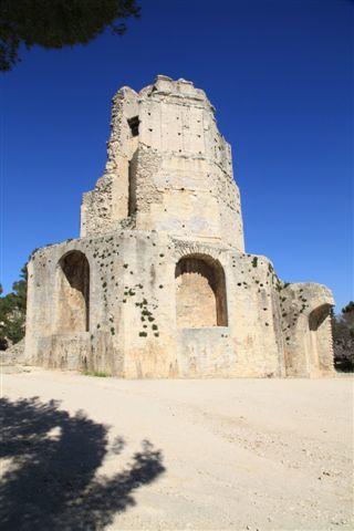 Nîmes, tour Magne