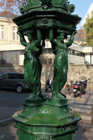 Fontaines, bassins et jets d'eau à Paris