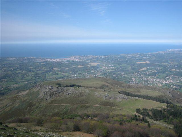 Panorama depuis le sommet de la Rhune côté côte basque