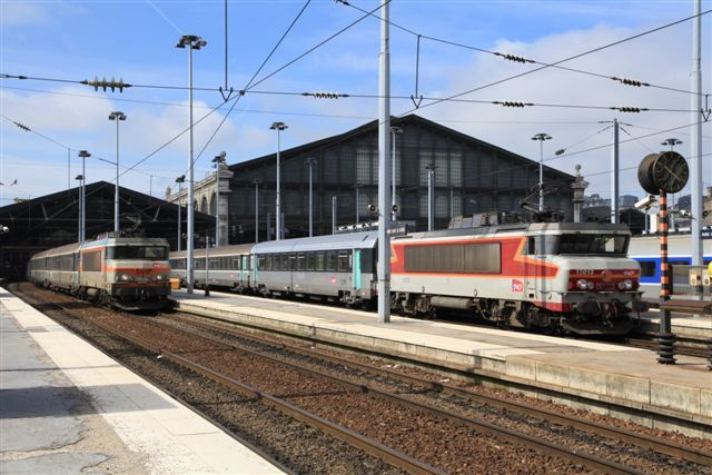 BB 15013 en gare de Paris Nord (25 juin 2012)