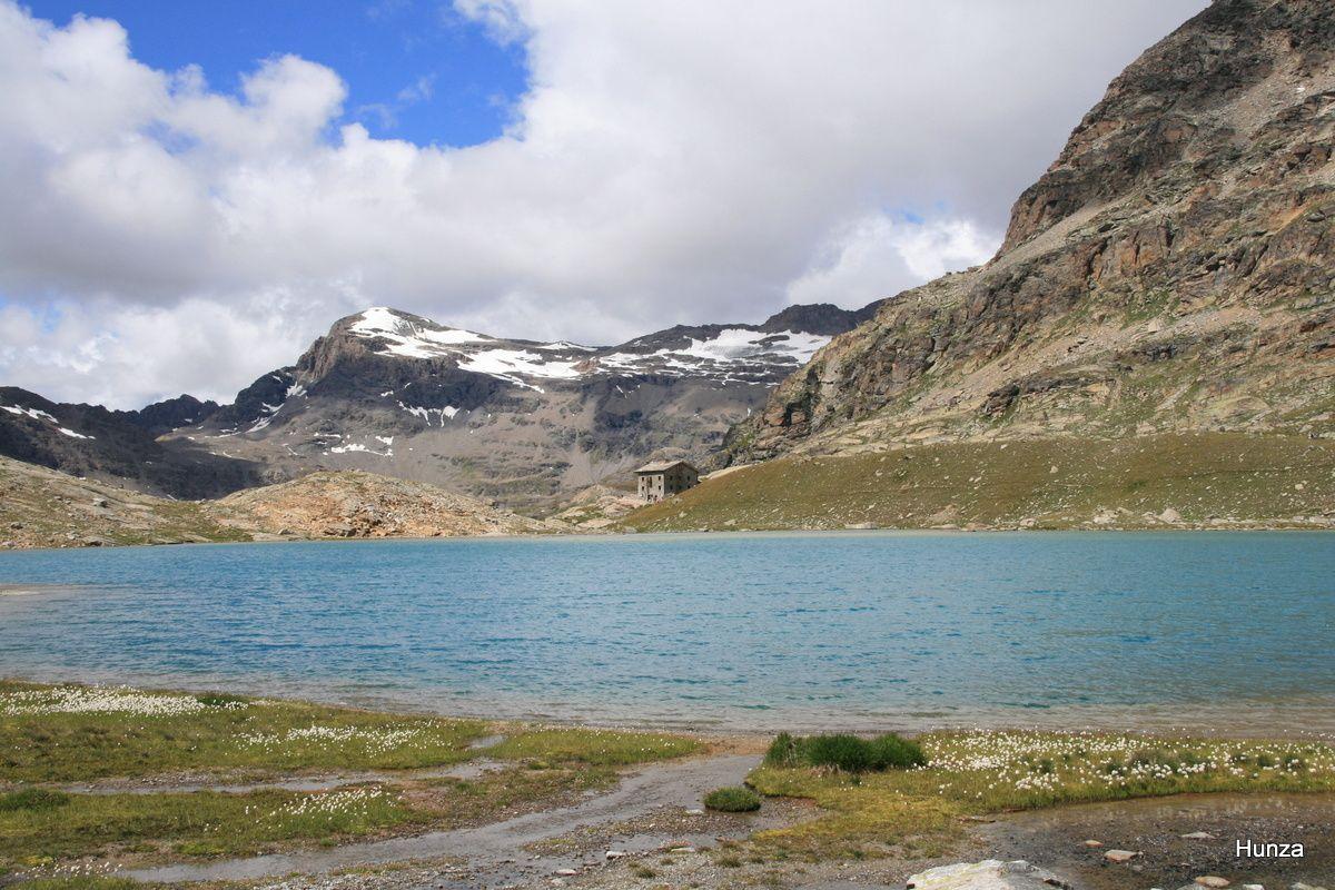 Le lac Blanc, le refuge du Carro et l'Ouille Noire