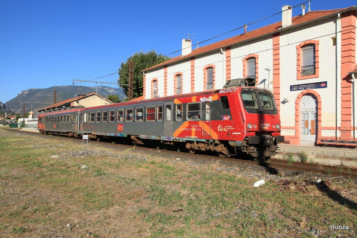Prades : TER assuré par Z 7383 Perpignan - Villefranche Vernet les bains (25 août 2016)