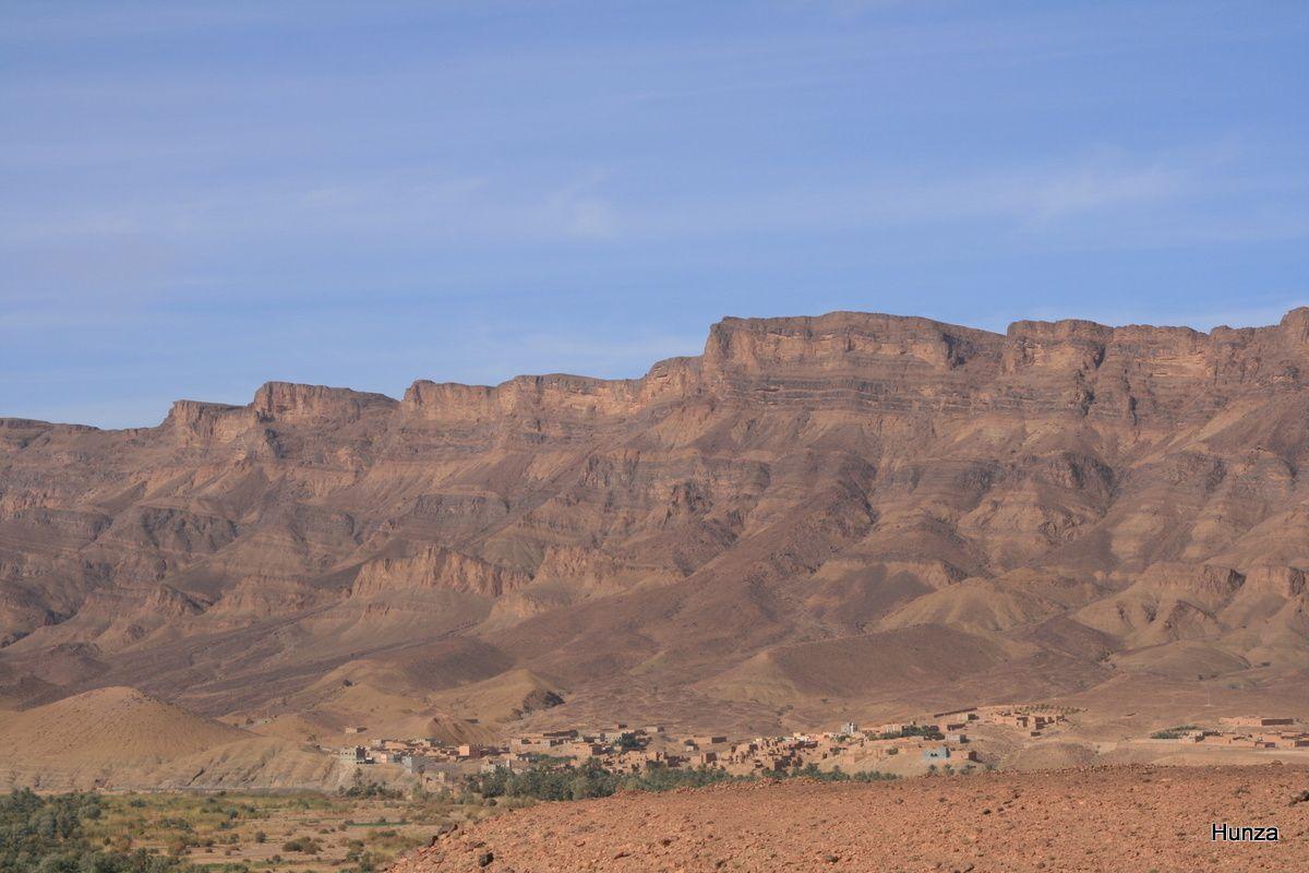 Village au pied du djebel Kissane