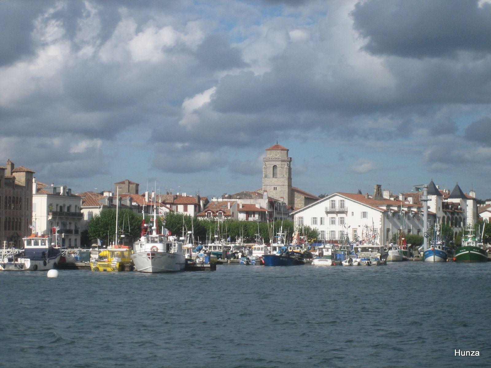 Le port de Saint-Jean de Luz vu depuis Ciboure