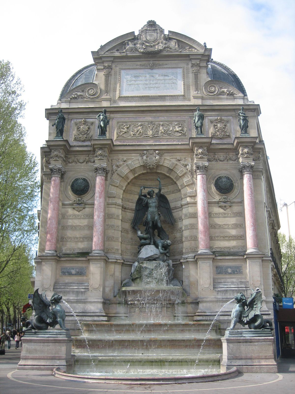 Paris, fontaine Saint-Michel