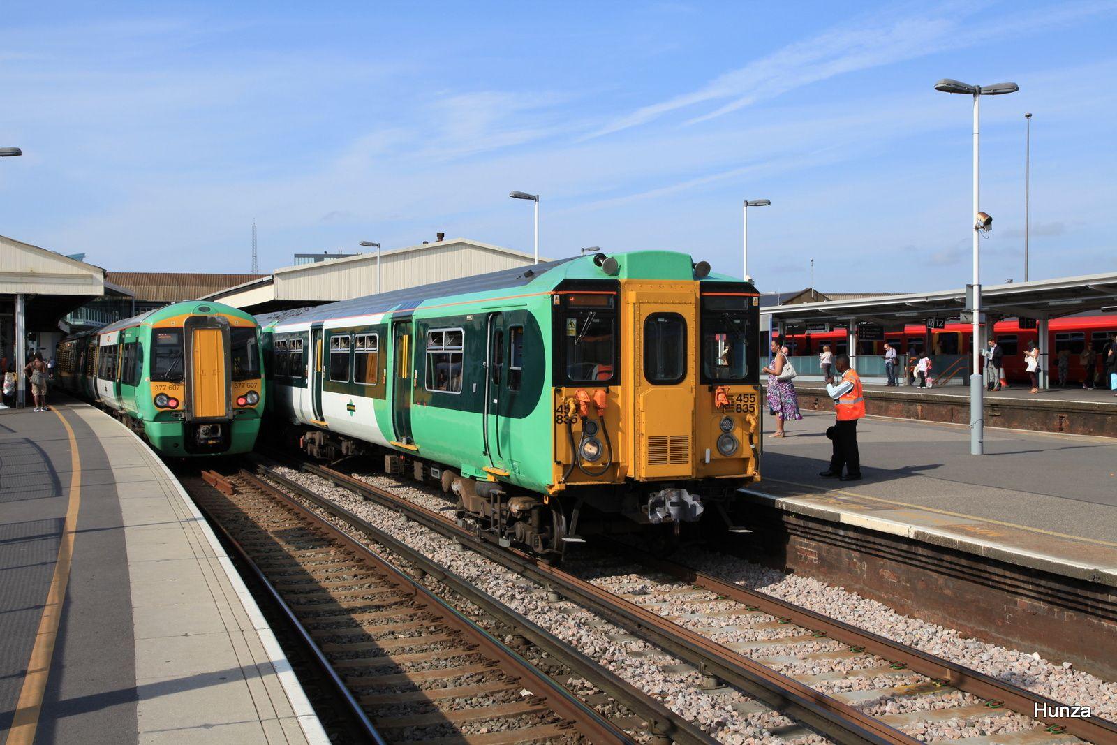 """Clapham Junction : class 455/8 n°455 835 de la """"Southern"""" (31 juillet 2014)"""