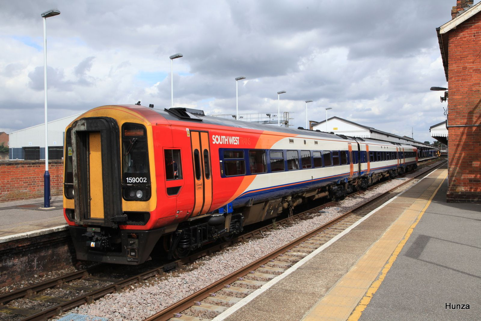 Class 159/0 n°159 002 de la South West* à Salisbury (8 août 2016)