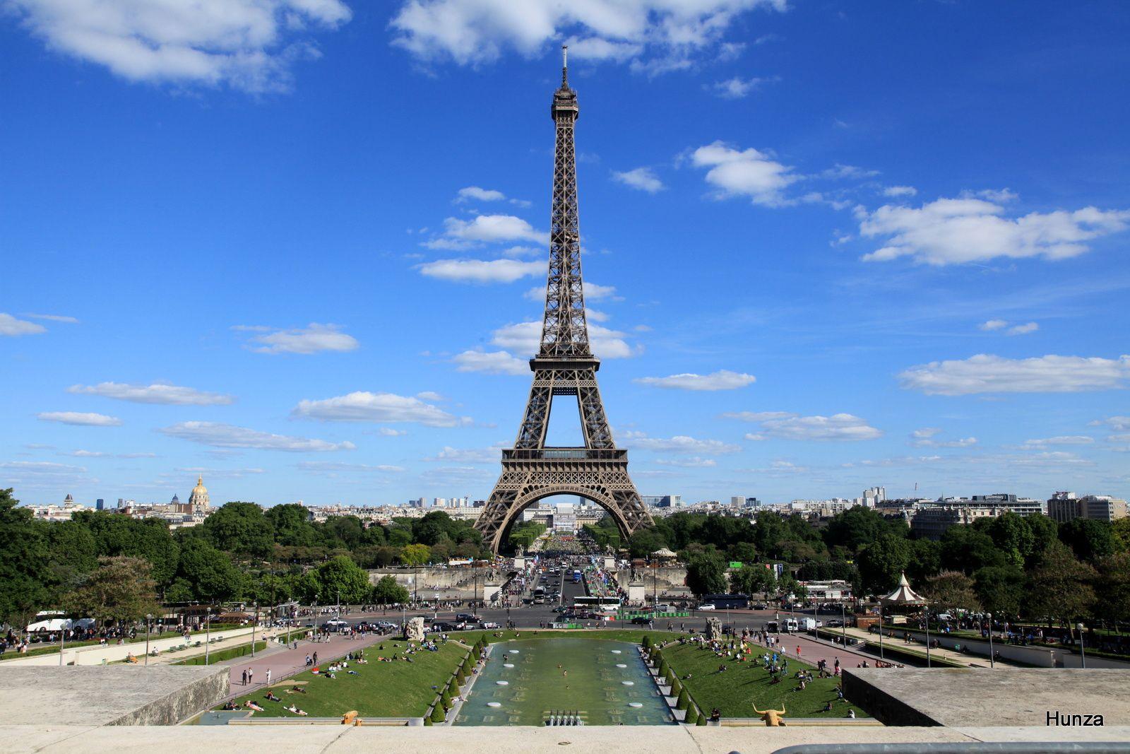 En train avec le RER C pour visiter Paris et ses environs
