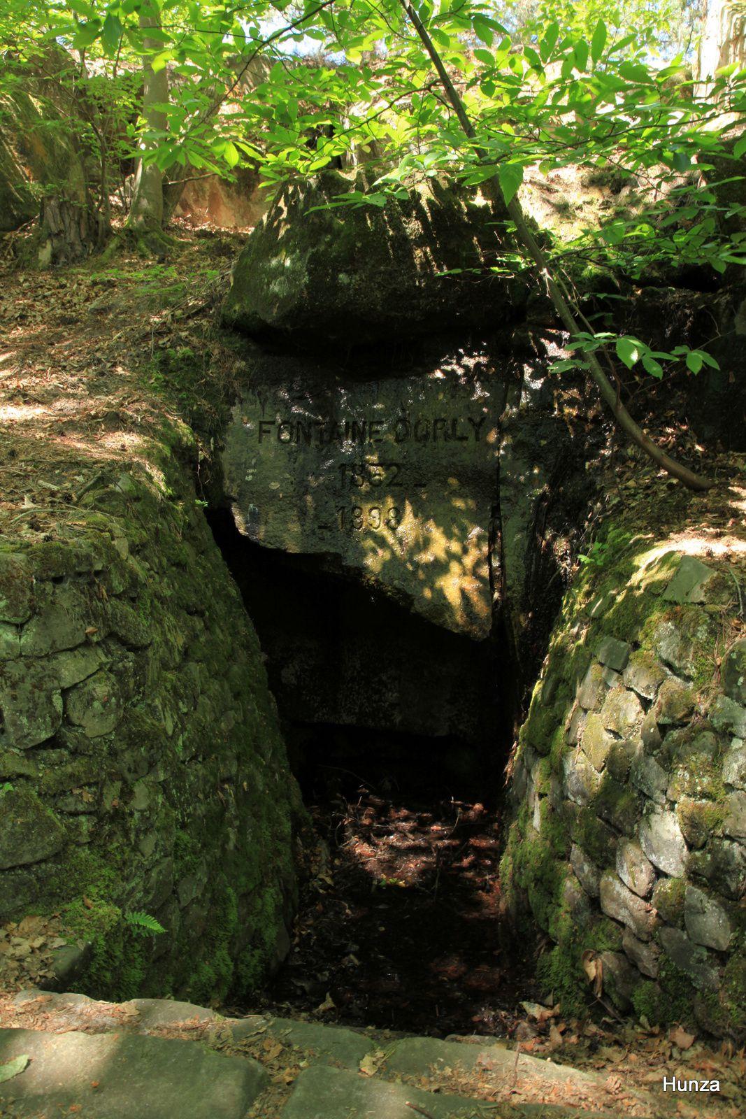 Forêt de Fontainebleau, fontaine Dorly
