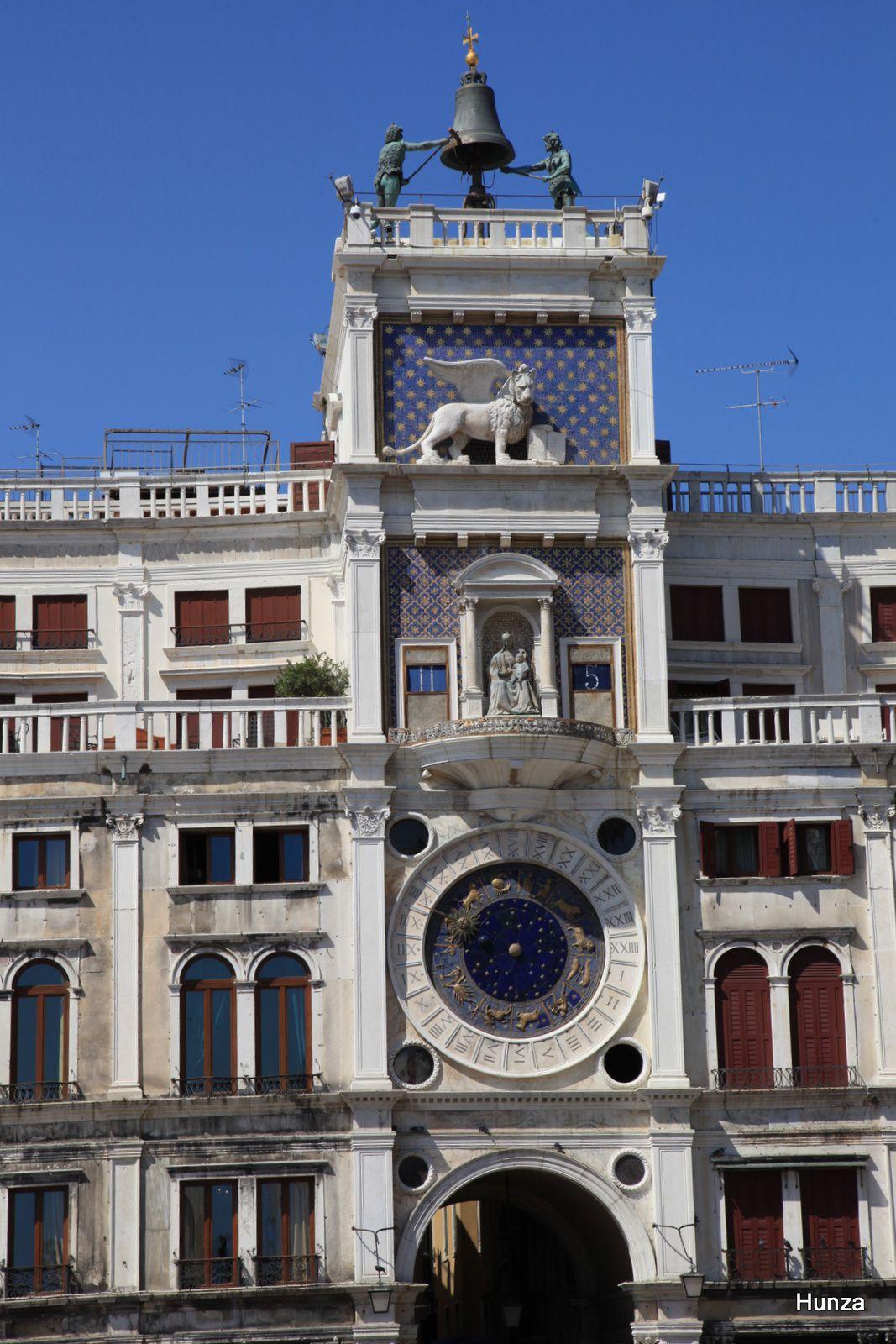 Venise, tour de l'horloge de la place Saint-Marc