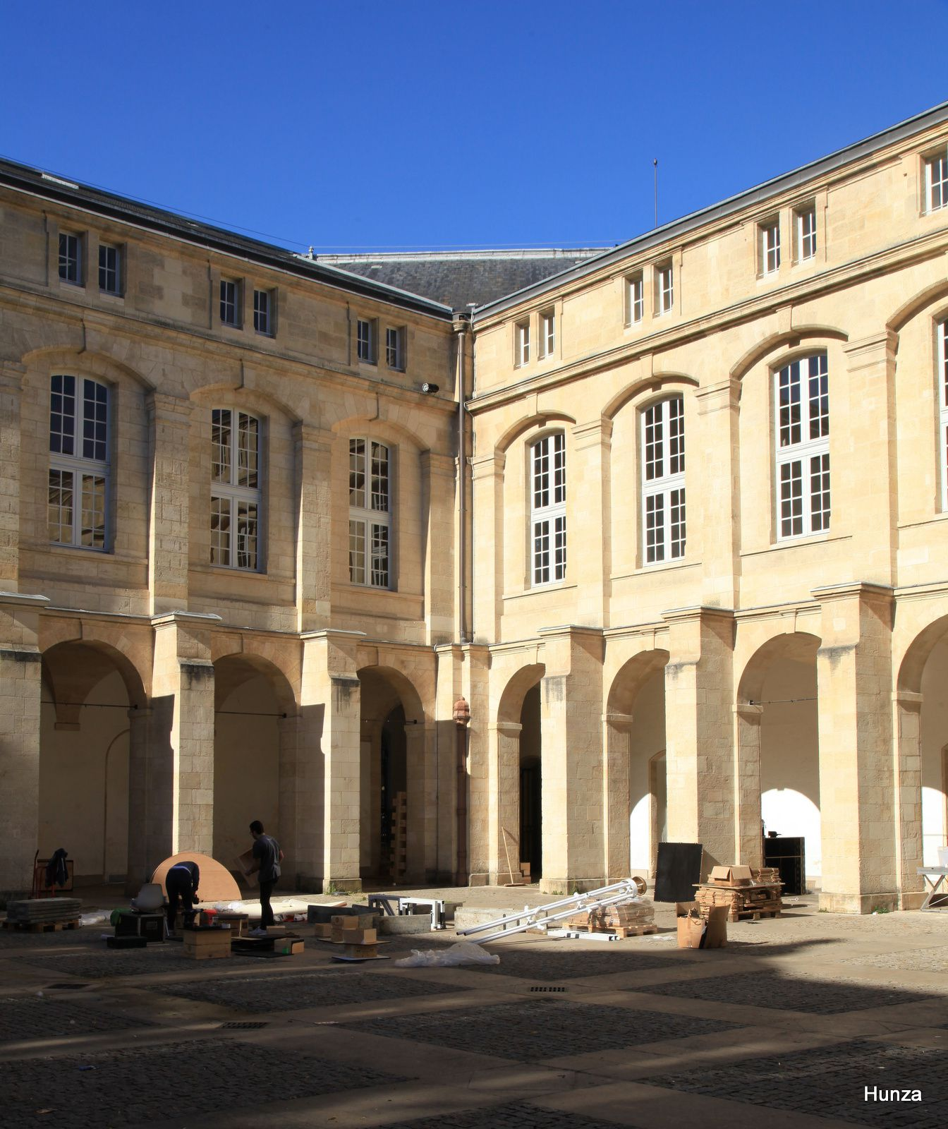 Bordeaux, cour Mably
