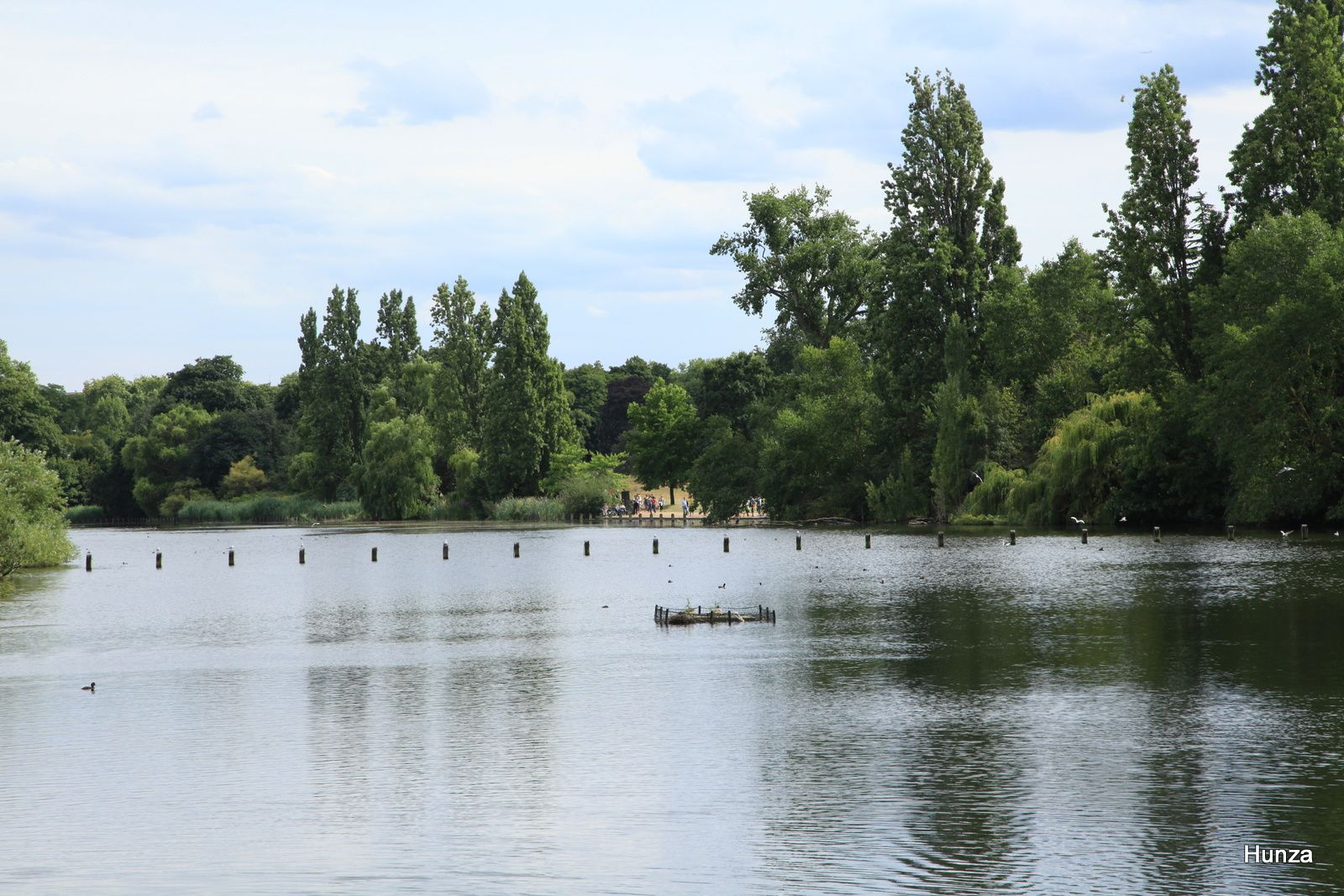 "Le ""Long Water"" dans le prolongement de la ""Serpentine"" d'Hyde Park"
