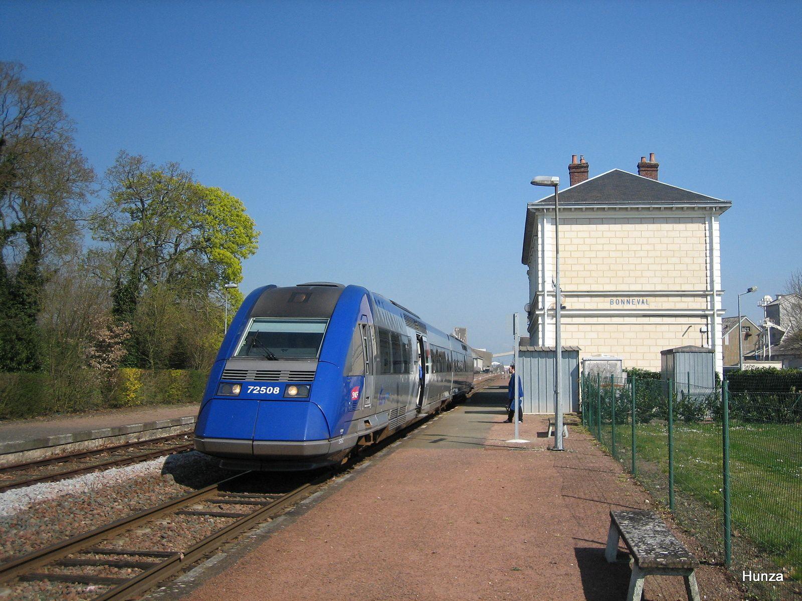 X72508 à Bonneval (27 mars 2007)