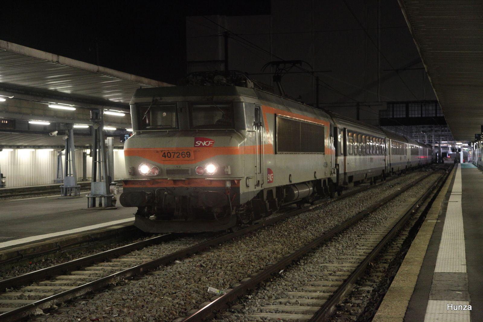 Gare d'Austerlitz : Intercités n°14071 Paris - Orléans avec BB 407269 (4 novembre 2018)