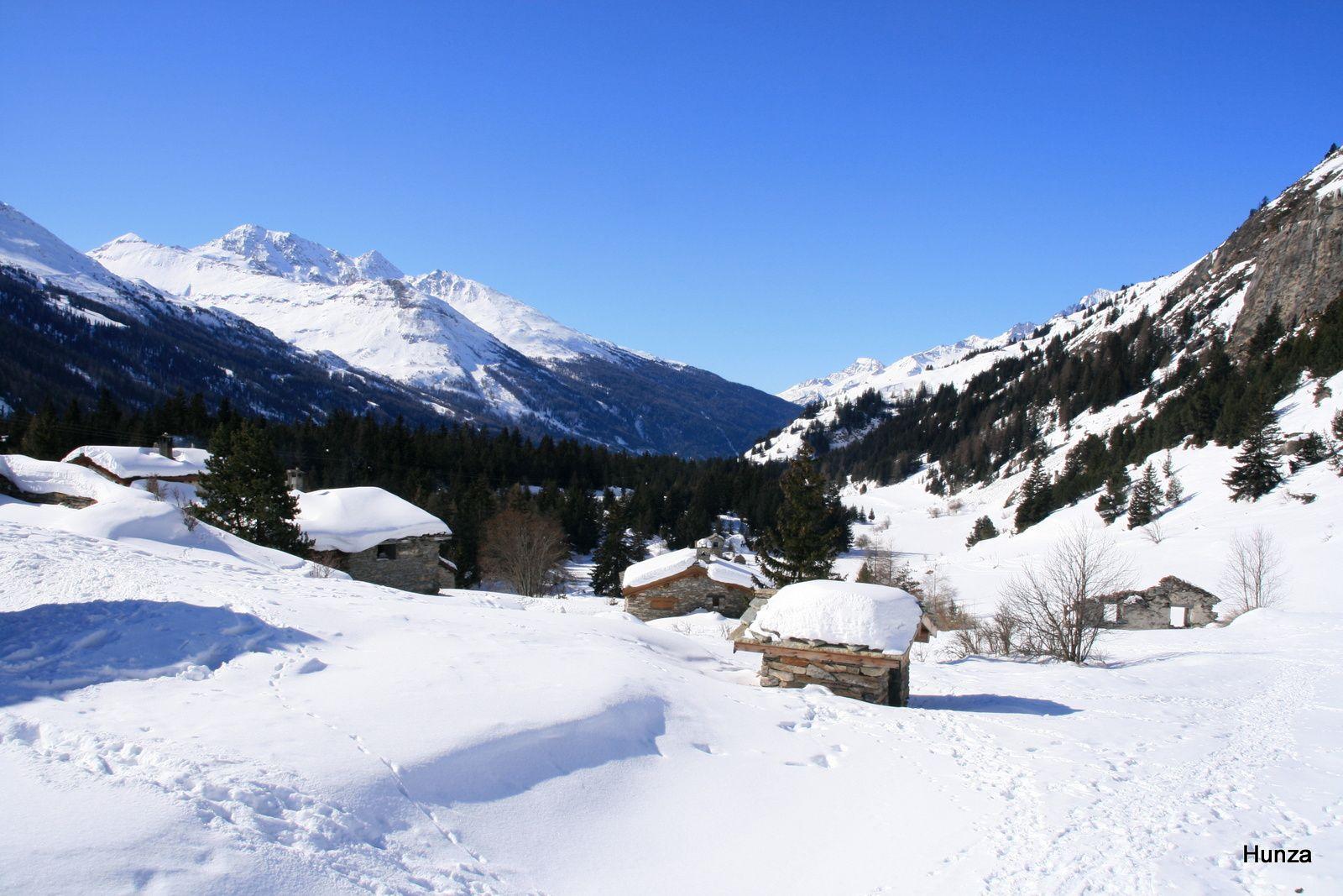 Le hameau du Collet côté Val Cenis