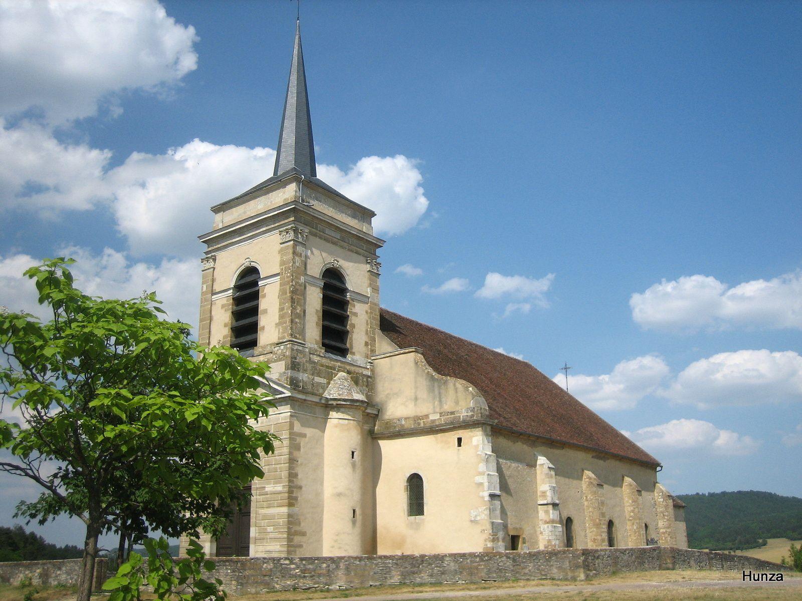 Asquins : l'église Saint-Jacques le Majeur