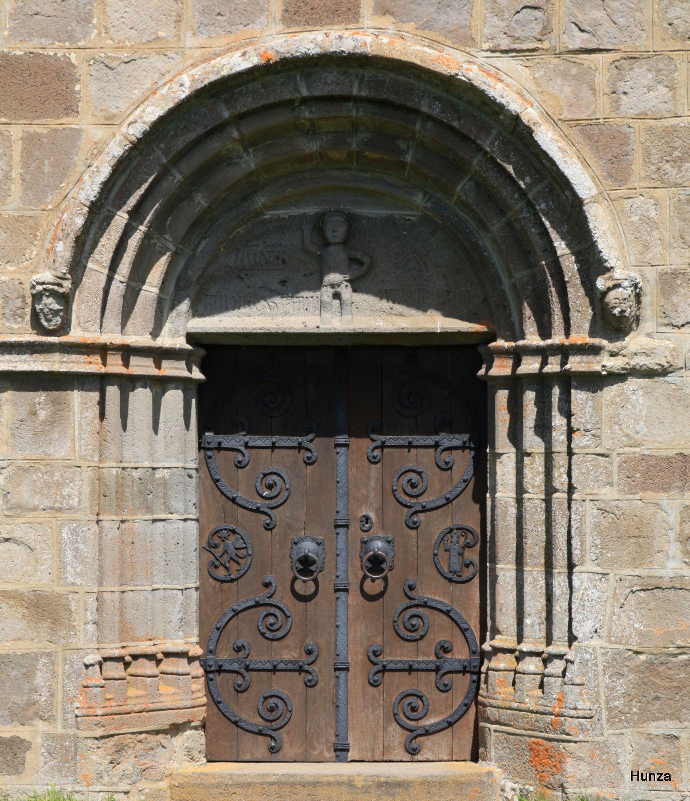 Eglise Saint-Alyre ou église Saint-Elide de Saint-Alyre ès Montagne