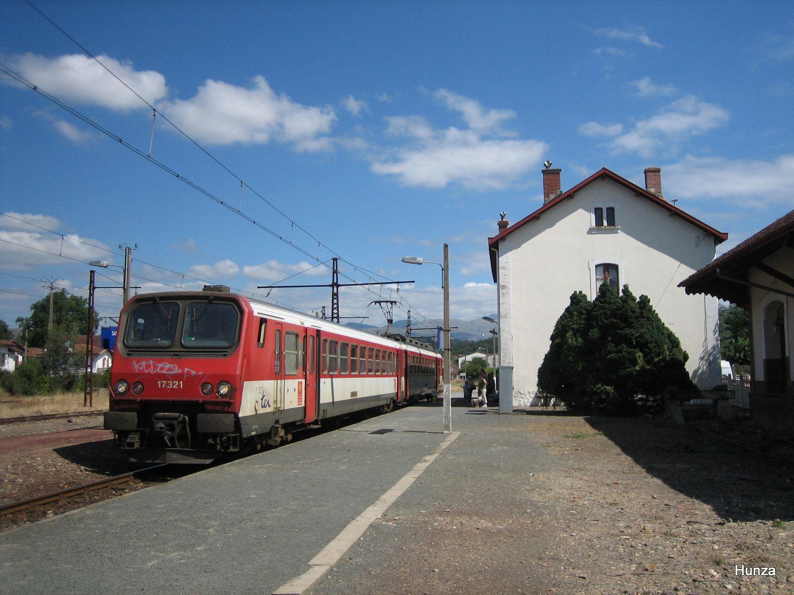 La  Z 7321 à Saint-Jean Pied de Port (14 août 2005)