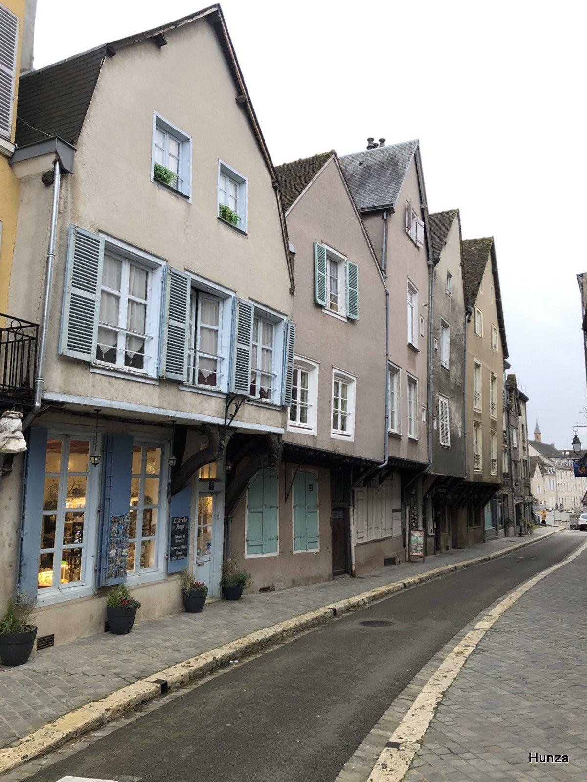 Chartres, rue du cardinal Pie