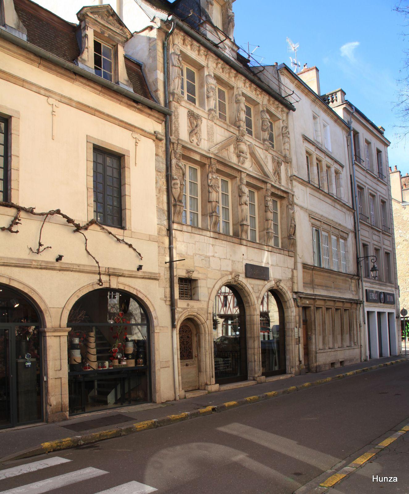 Dijon, maison des Cariatides