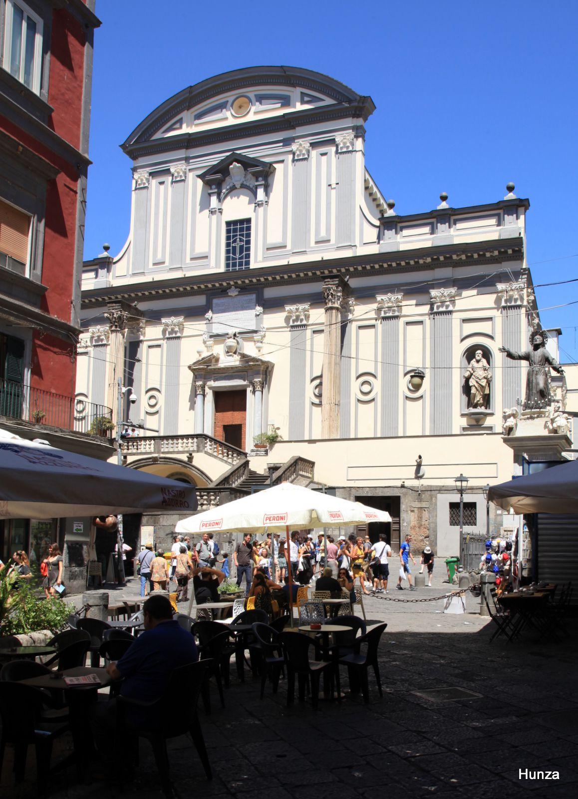 Piazza Gaetano, basilica di San Paolo Maggiore