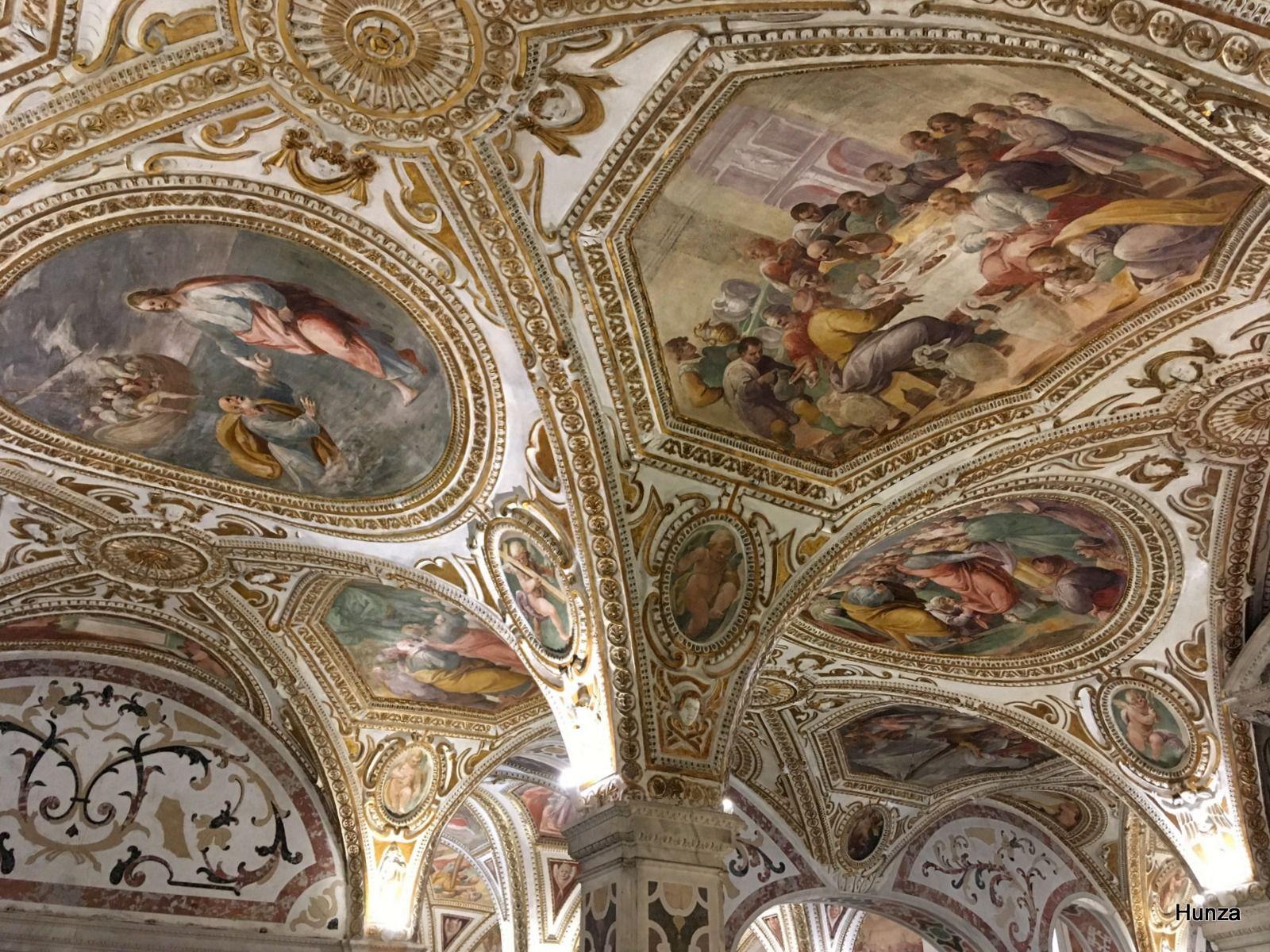 Salerne, crypte de la cathédrale San Matteo