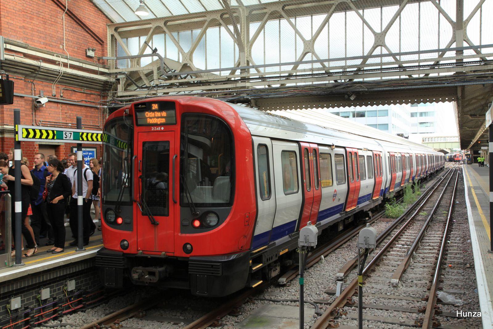 Rame S de la Circle Line à Hammersmith (30 juillet 2014)