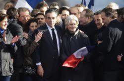 """Au Trocadéro, François Fillon : """"Le combat continue""""."""