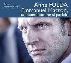 Emmanuel Macron, le dragueur de vieux.