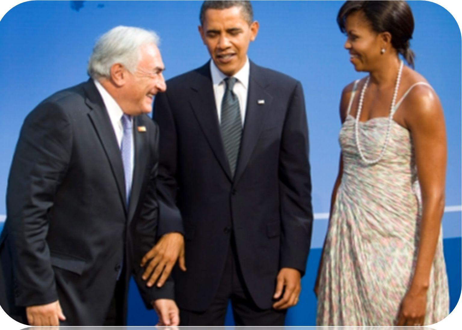 2 ) Priape : Dieu latin de la fertilité. 3 ) Même au sommet de l'Etat, il est important de protéger son épouse ( qui, comme la femme de César ne doit pas être soupçonnée ). On appréciera ici le geste protecteur, et discret de Barrack Obama et de sa mainprotectrice de Michèle, devant un célèbre priapiste, idole de la gauche soixante-huitarde.