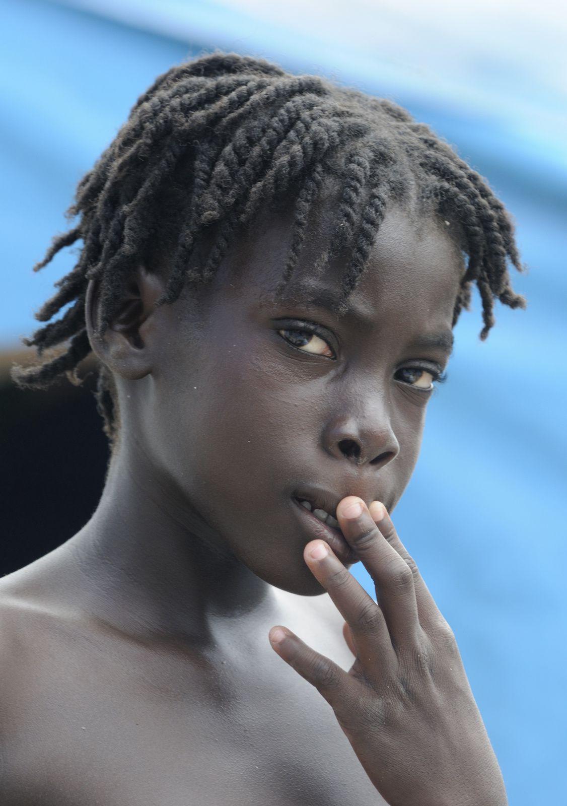 """Une petite """"restavek"""" haïtienne."""