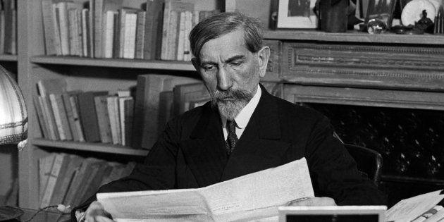 ( 1 ) Madame Nysen , ministre de la censure.  2 ) Monsieur Charles Maurras.