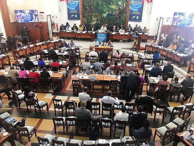 Les élus s'accordent pour une évolution institutionnelle de la Guadeloupe.