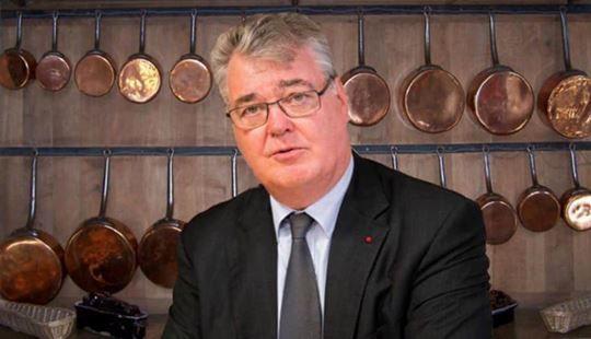 Petit portrait en pied de Jean-Paul Delevoye foudroyé par ses incohérences est celles de SON président!