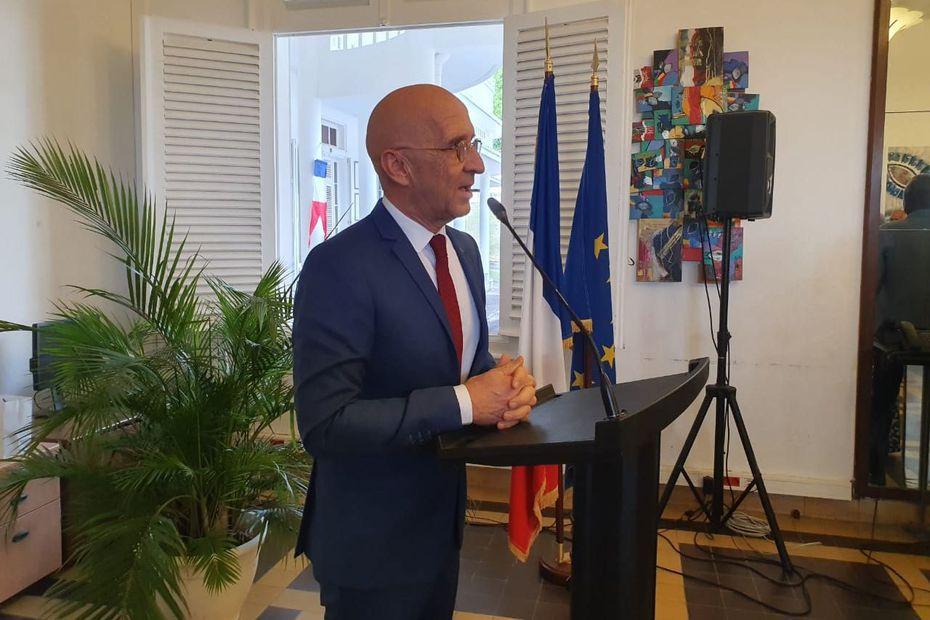 Philippe Gustin: Un grand préfet quitte la Guadeloupe.