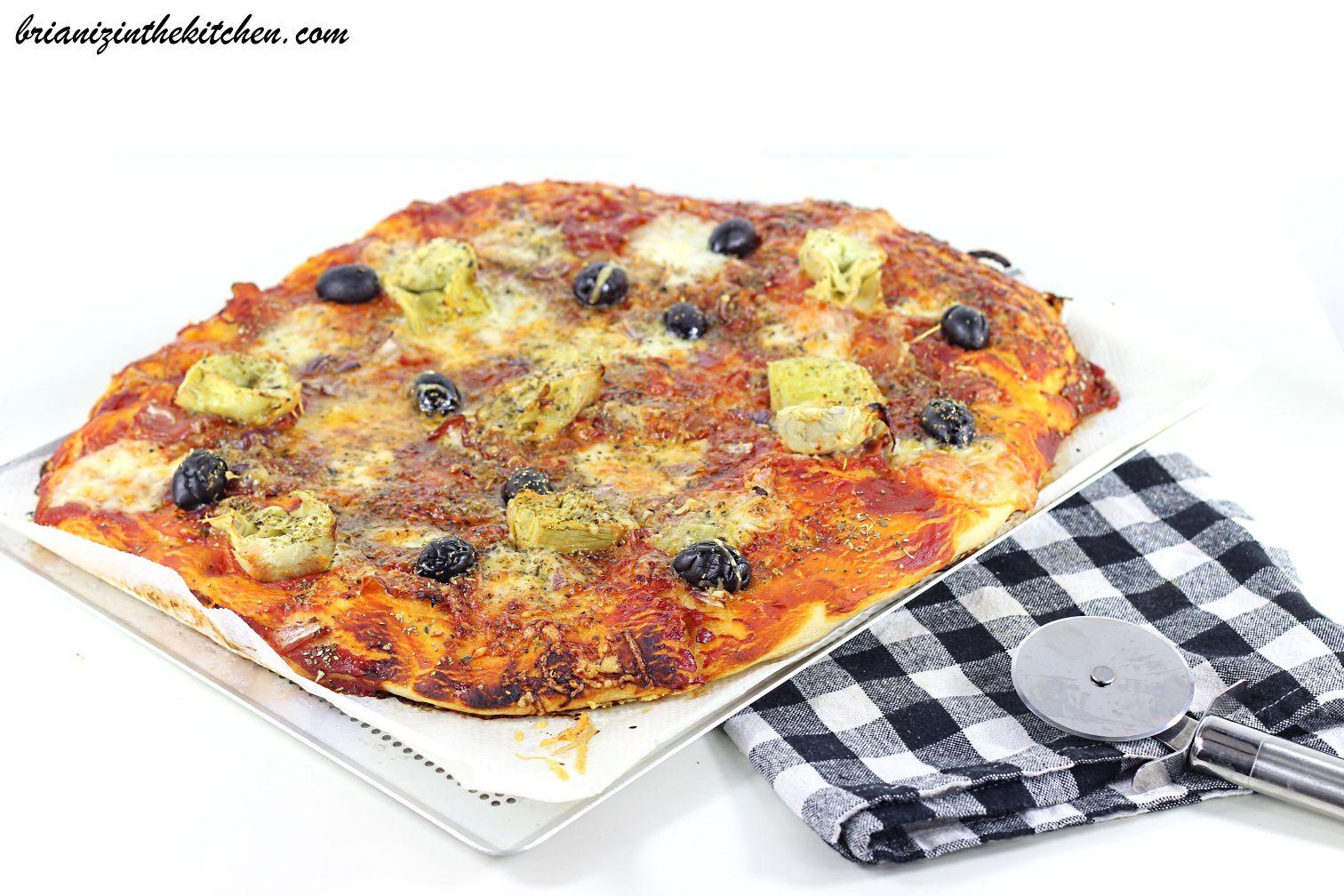 Pizza Tomate, Jambon Cru & Coeurs d'Artichaut {Pâte Maison Inratable}