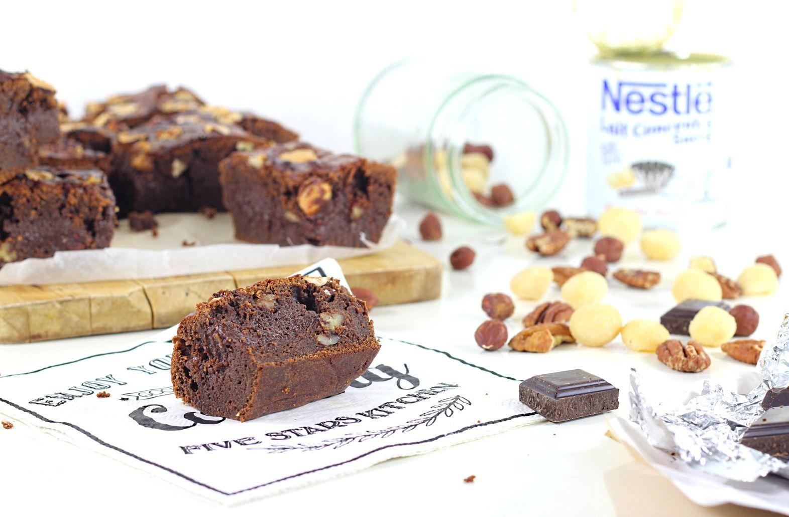 Brownie au Chocolat, Lait Concentré et Noix