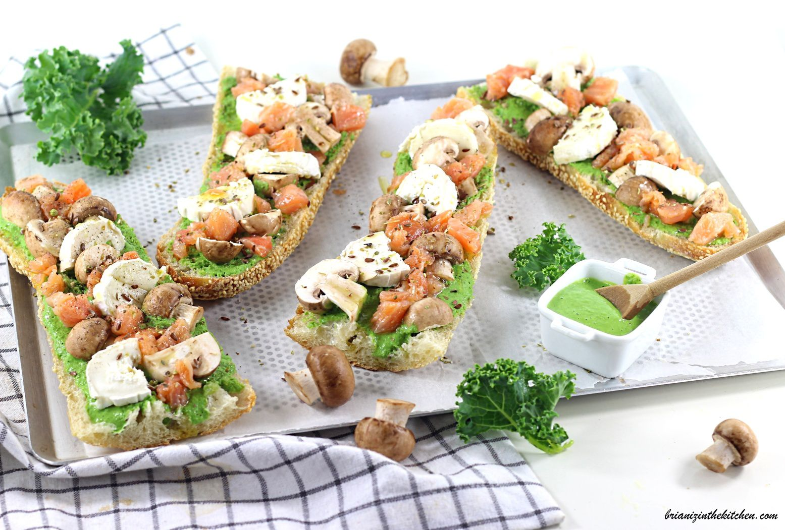 Baguettines Chou Kale, Champignons, Chèvre et Saumon