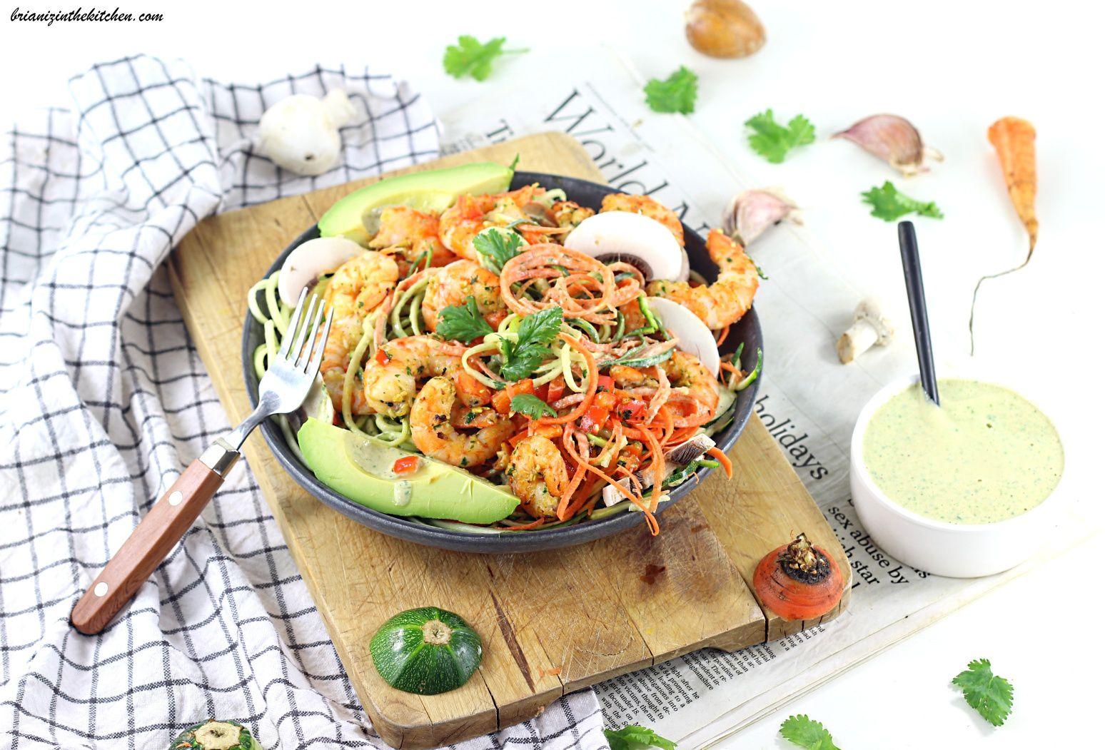 Spaghettis de Légumes et Crevettes Grillées aux Saveurs Thaï