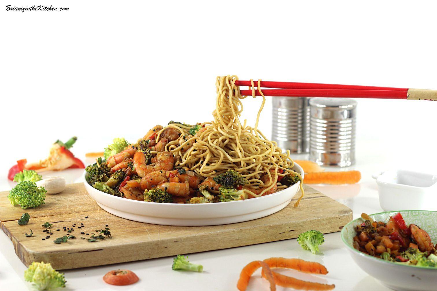 Pad Thaï aux Crevettes (Brocoli, Carottes et Poivron Rouge)