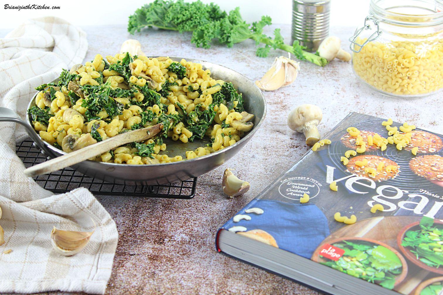 Mac and Cheese Végétalien {Chou Kale, Champignons et Ail}